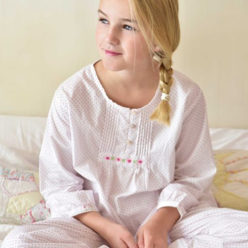 Girls sleepwear photography, children's lifestyle photography, Eclectic Photography, Sussex