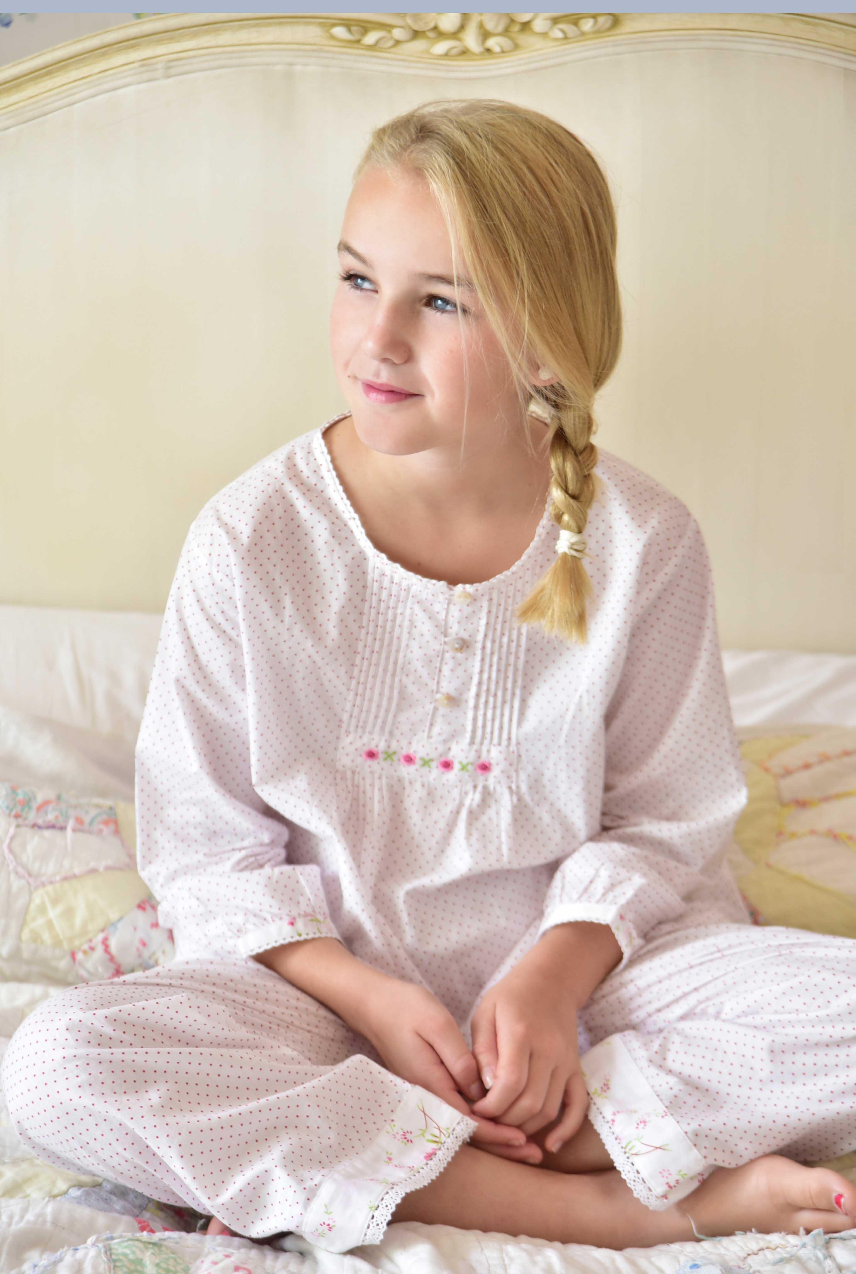 girls sleepwear photography, children's lifestyle photography, Eclectic Photography, Sussex