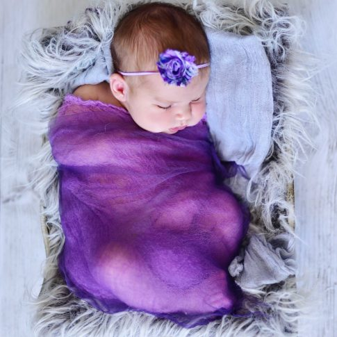 creative newborn portraits, baby images, michelle nyulassie, brighton, east sussex,