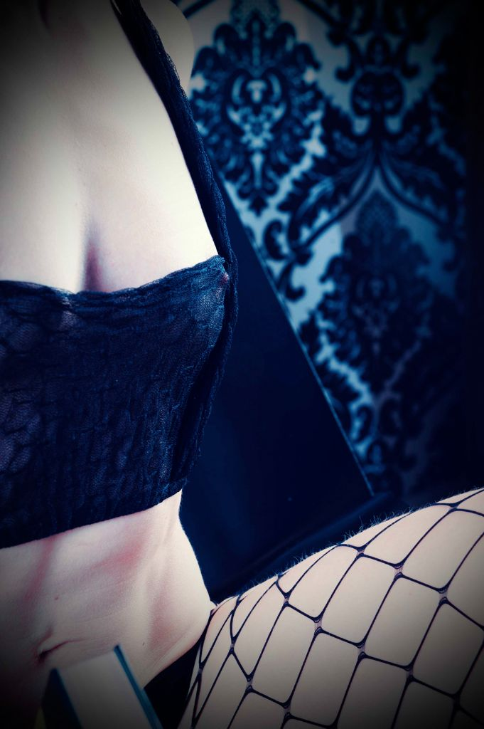 Lingerie Photography, Fashion Photography, Erotic Nude Photography, Boudoir, Michelle Nyulassie, South East UK