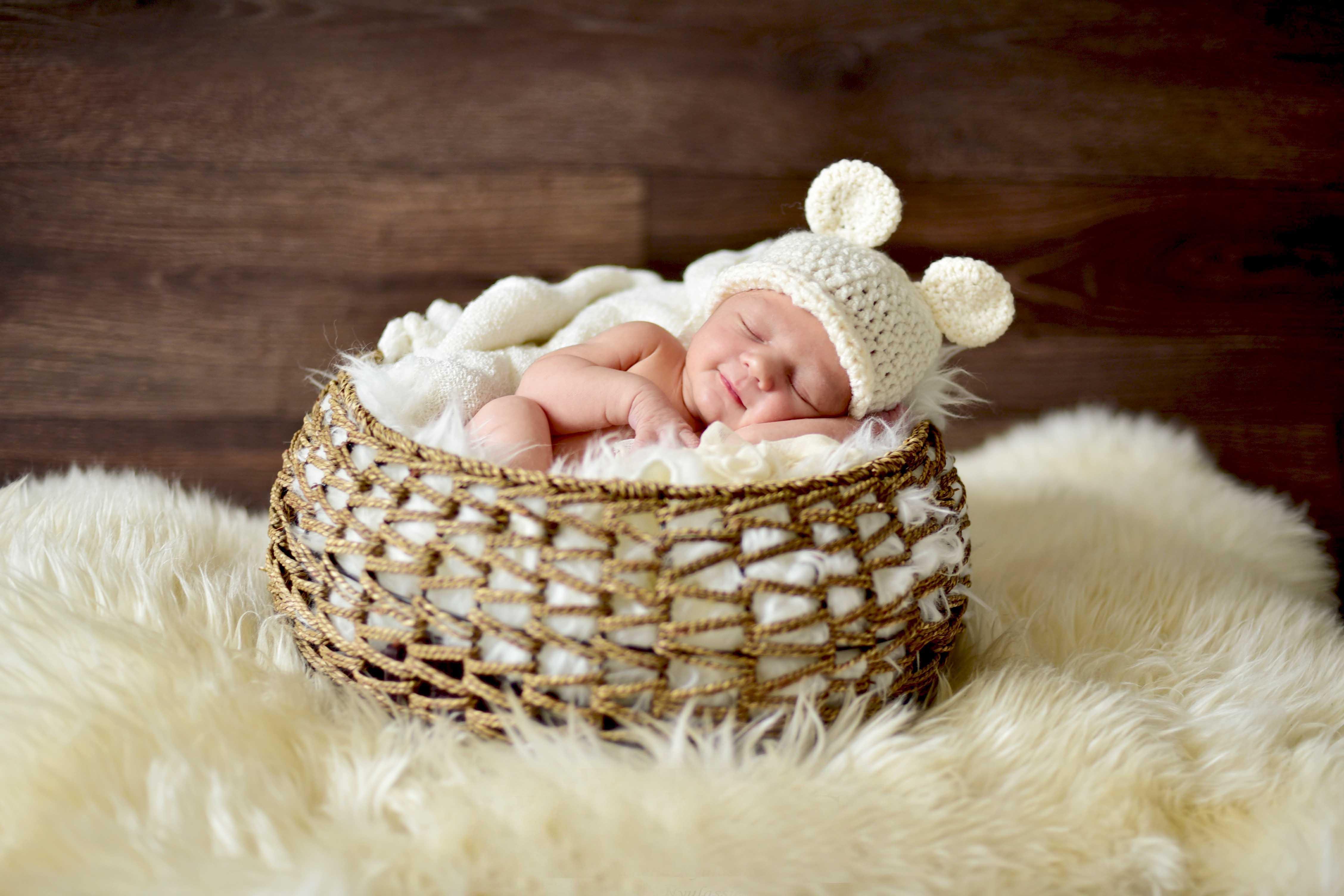 Baby Photoshoots, Baby Portraiture, Michelle Nyulassie, Brighton UK
