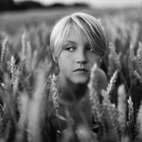 Black and White Fine Art Childrens Photography, Michelle Nyulassie, Brighton UK