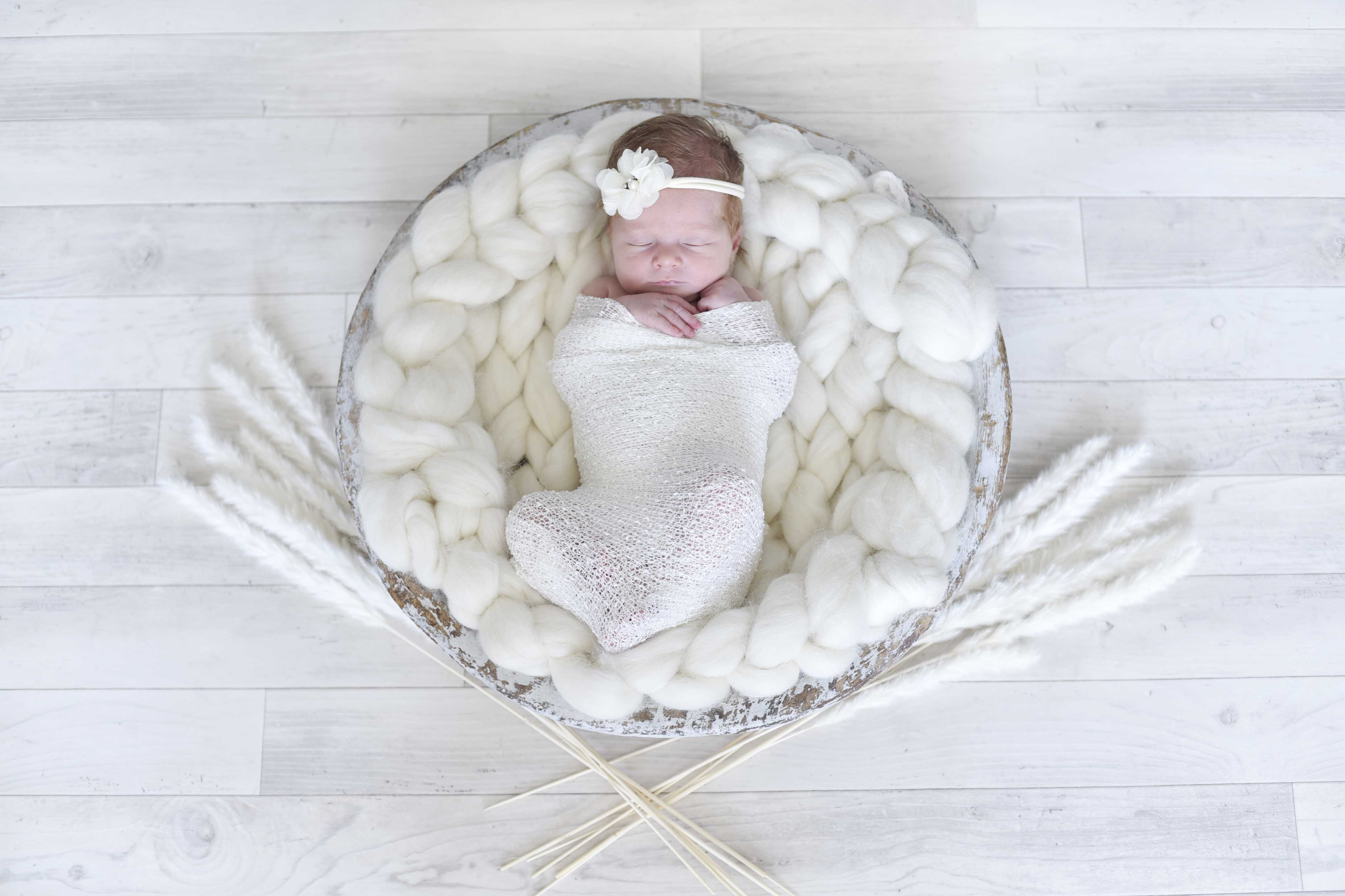 Newborn baby photography, baby photography, modern baby photography